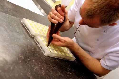 Kitchen Hands & Food Prep Staff Required!