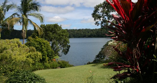 Farm, Receptionist And Housekeeping Near Cairns ( Atherton Area)