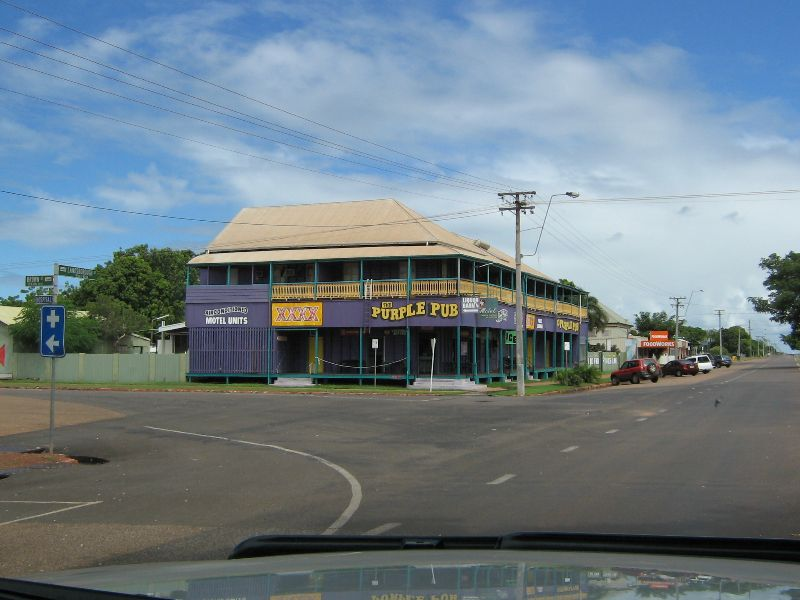 A Happy Hotel And Motel Cleaner Is Required For A Country Pub In Nw Qld