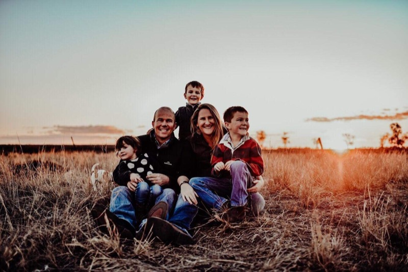 Mid-june Start  -au Pair With Fun, Loving And Caring Country Family