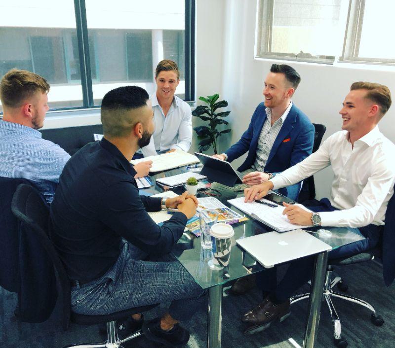 Sales Associate Position | Hourly $$$ & Weekdays