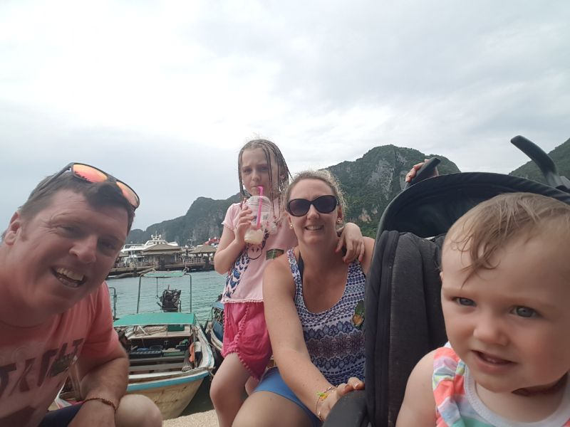 Au Pair Melbourne West - With Fun Loving Family
