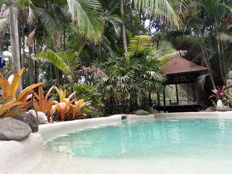Cleaner / All-rounder Wanted - Sunshine Coast Hinterland Retreat