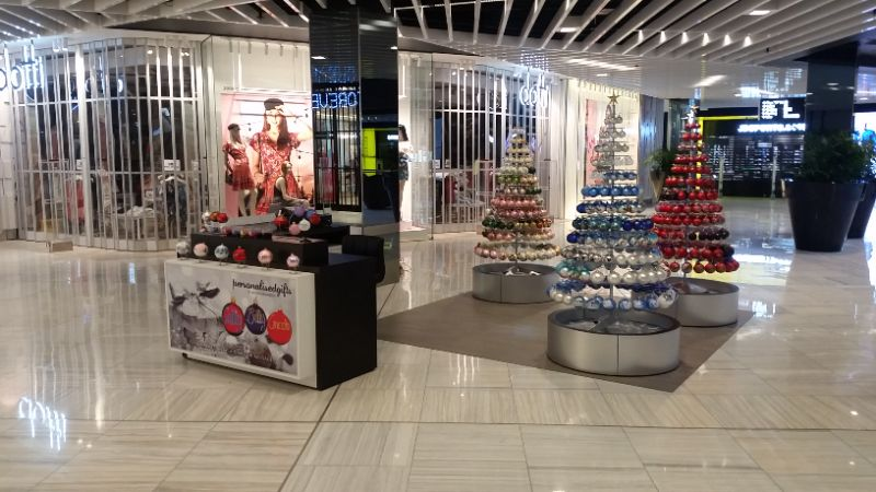Bauble Personaliser Various Shopping Centres Melbourne