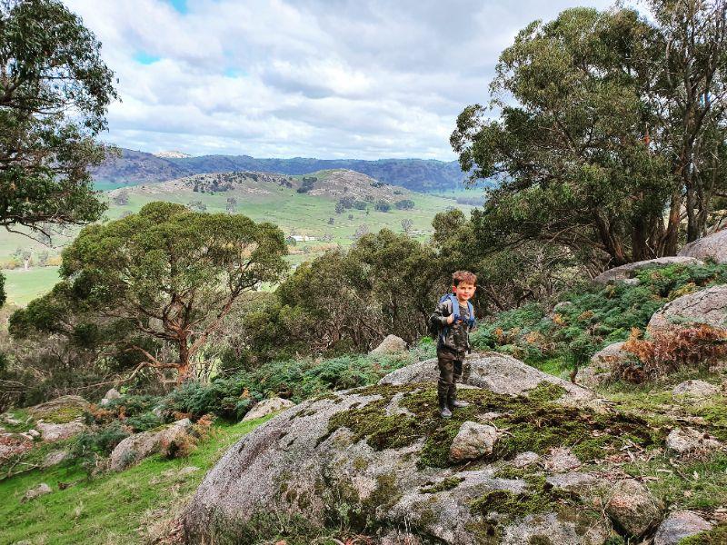 Adventurous Au Pair In The Strathbogie Ranges