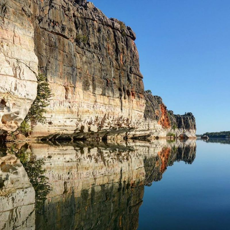 Food And Beverage Attendant / All-rounder-spectacular Kimberley Region-remote Western Australia-live