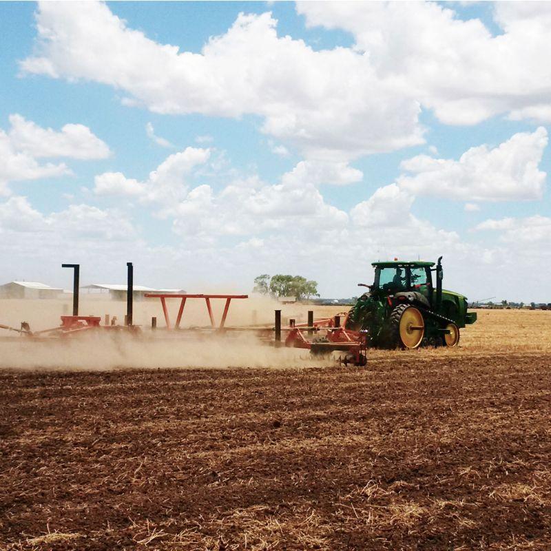 Tractor Driver/farmhand