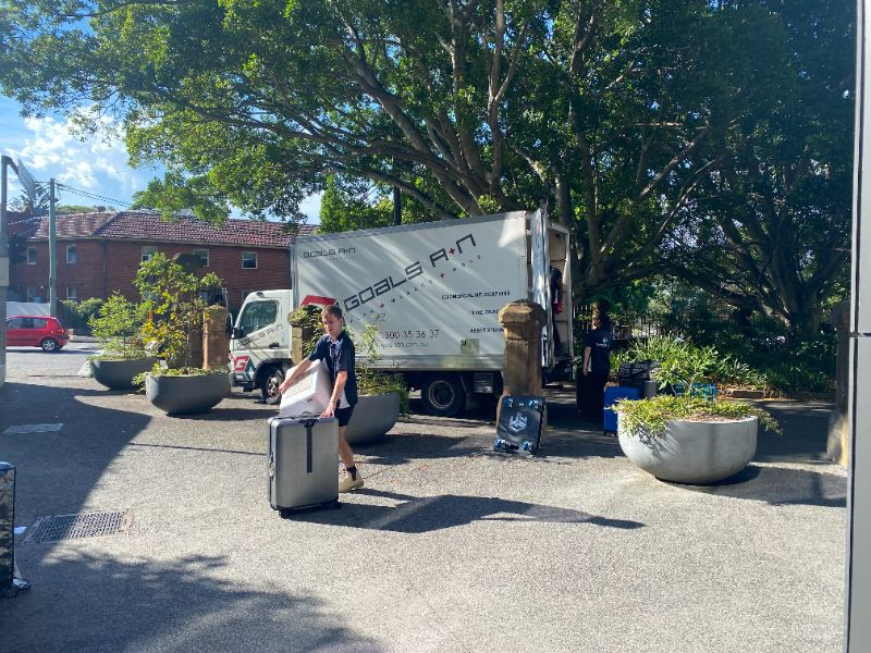 Drivers, Movers & It Connection Staff Wanted For Commercial Relocations