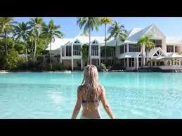 Room Attendants / F & B / Chefs Needed In Tropical Queensland