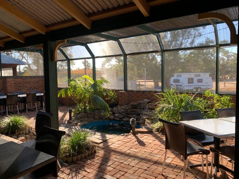 Bar/restaurant/motel And Vegetable Garden Worker
