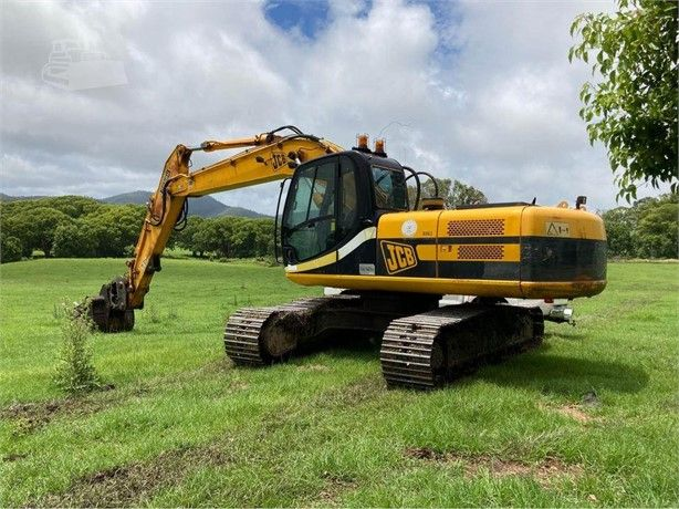 Excavator Operator For Farm Work