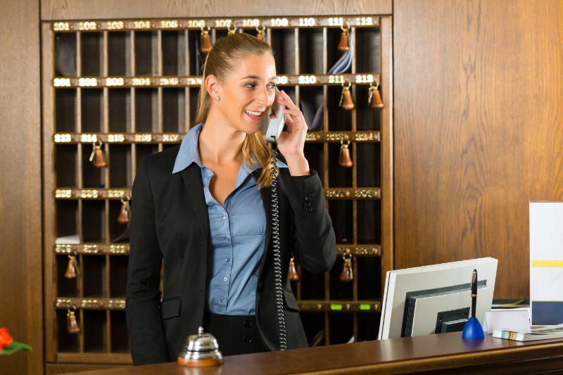 Tour Desk / Reservations Attendant-broome Based-live Off Position