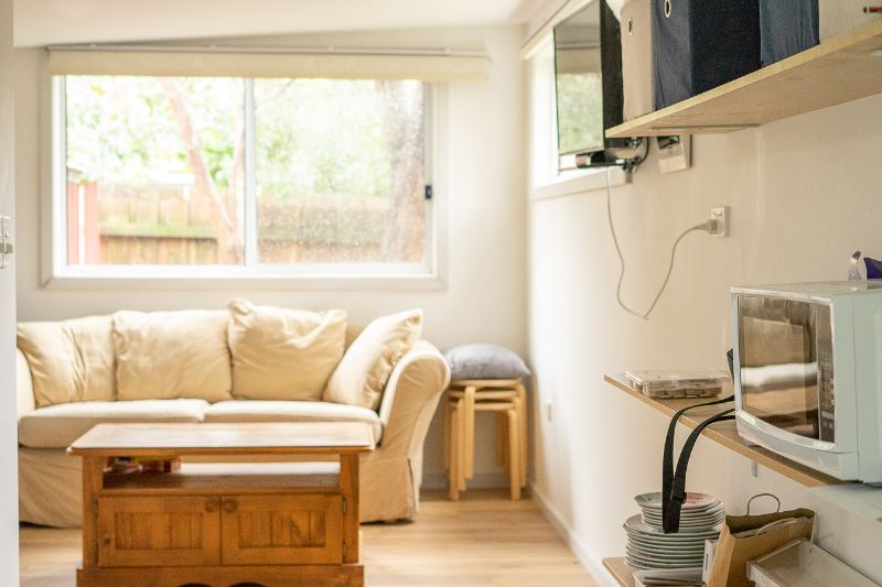 Join Our Friendly Sharehouse In A Private Bungalow, Help Around House And Garden