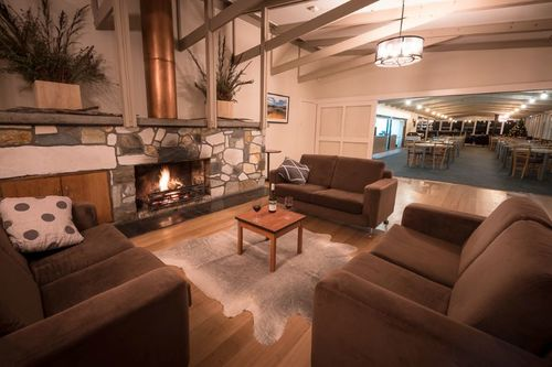 2 Hospitality All-rounders Required For Winter 2017 Season @ Pedder Wilderness Lodge